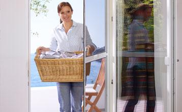 insektenschutz fliegengitter lichtschachtabdeckungen dennstedt rollladen. Black Bedroom Furniture Sets. Home Design Ideas